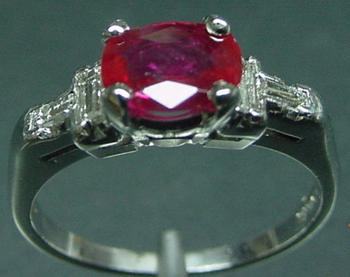 Burma-Ruby-Platinum-and-diamond-ring