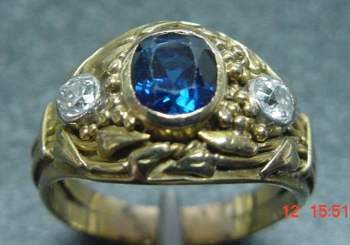 Edwardian-blue-sapphire-and-old-european-diamond-ring